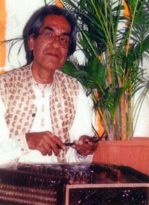 Pt. Omprakash Chourasiya on Santoor