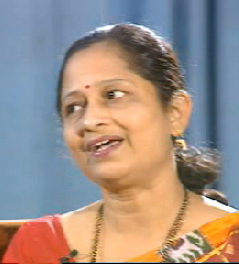Sharada Velankar in film Thumri
